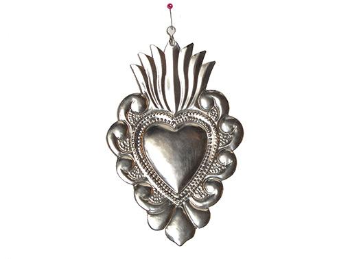 """Heart Wall Art, Mexican Tin """"Corazón de Encaje,"""" by Conrado, 6-inch"""