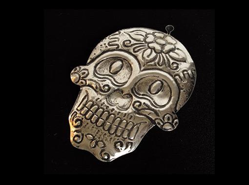 Skull, Mexican tin art, smoked finish, 4.5-inch