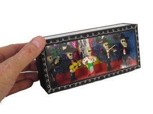 4 Skeleton Mariachis and Singer, diorama box
