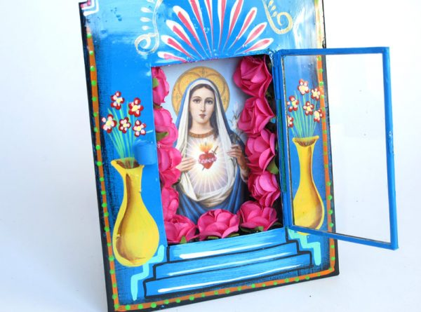 Mexican Tin Nicho, Virgin Mary print with red roses in blue frame, 8-inch