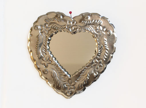 Heart-Shaped Tin Frame with Mirror, wall decor, 5-inch