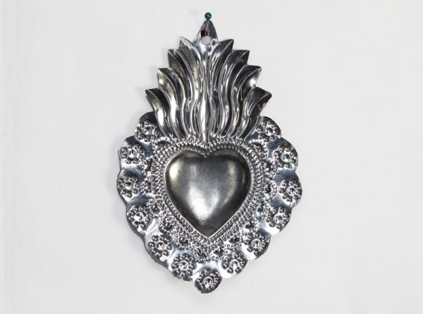 Heart with black, floral border, Mexican tin art, 5.75-inch, by M.A.R.O.