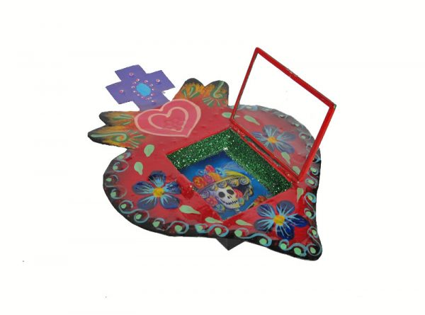 Mexican Tin Nicho, La Catrina Skeleton in Heart-Shaped, Hand-Painted Frame, 8-inch