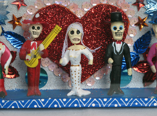 Skeleton Bridal Party with Heart, 7.5-inch