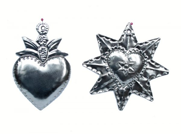 A Tin Heart Collection, Boxed Set of 5 Romantic Designs, unpainted