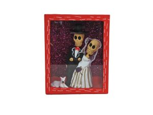 Skeleton Bride and Groom, diorama box, 4-inch, red